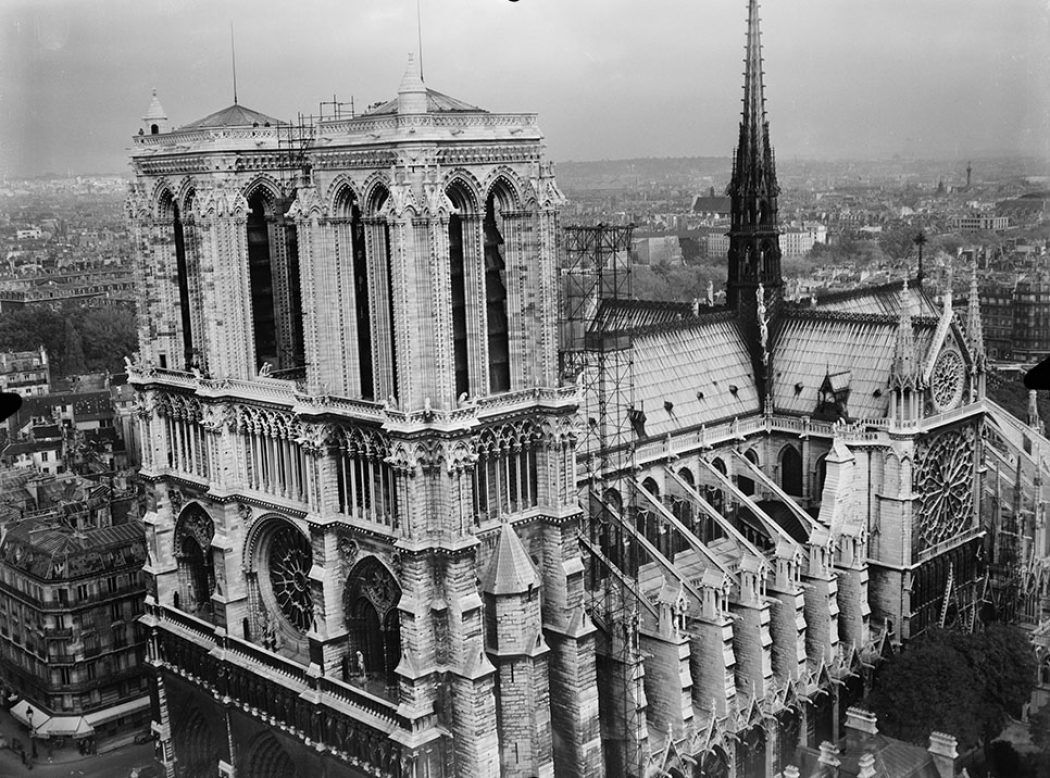 Notre Dame De Paris: The History and Legacy Illustrated