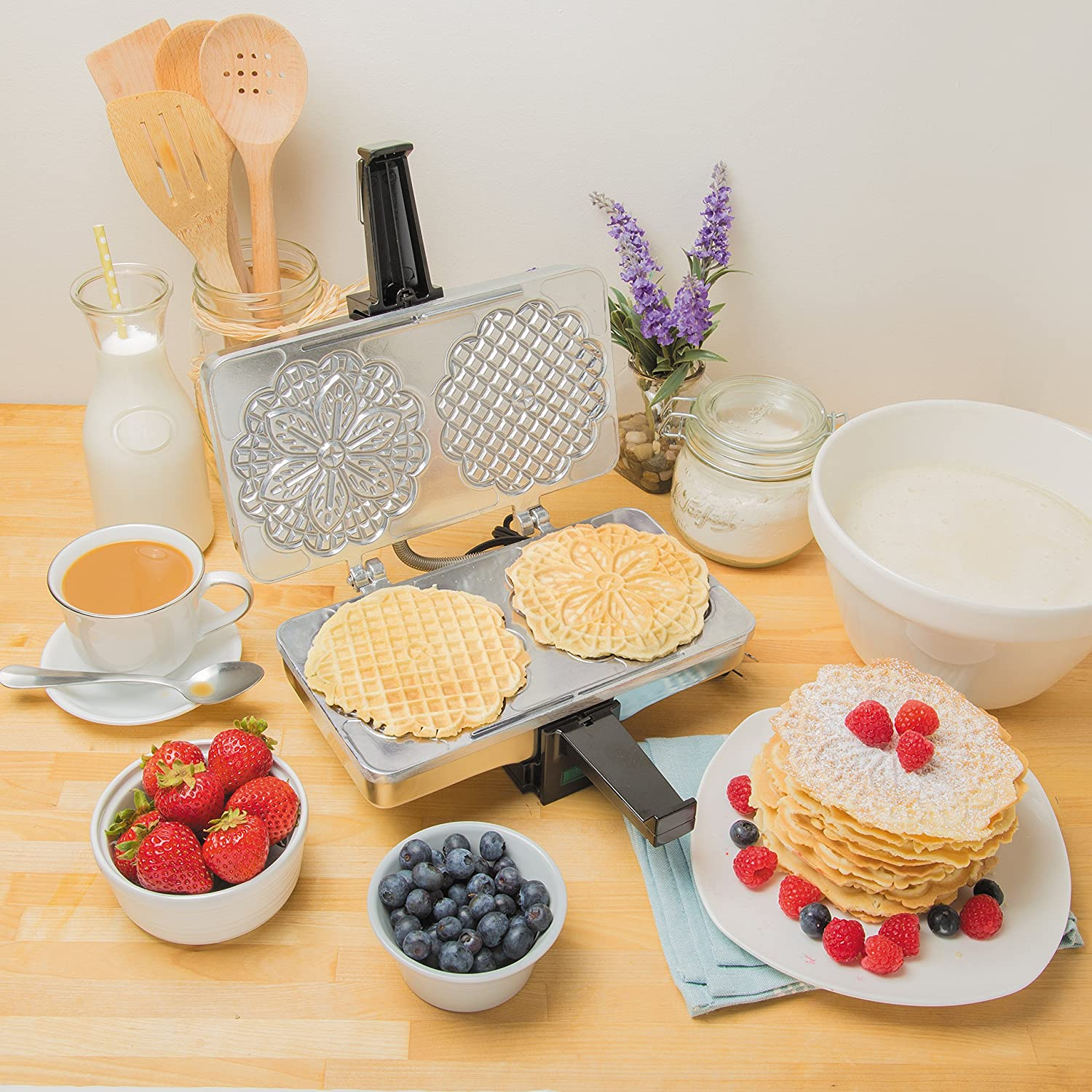 Pizzelle Maker By CuncinaPro