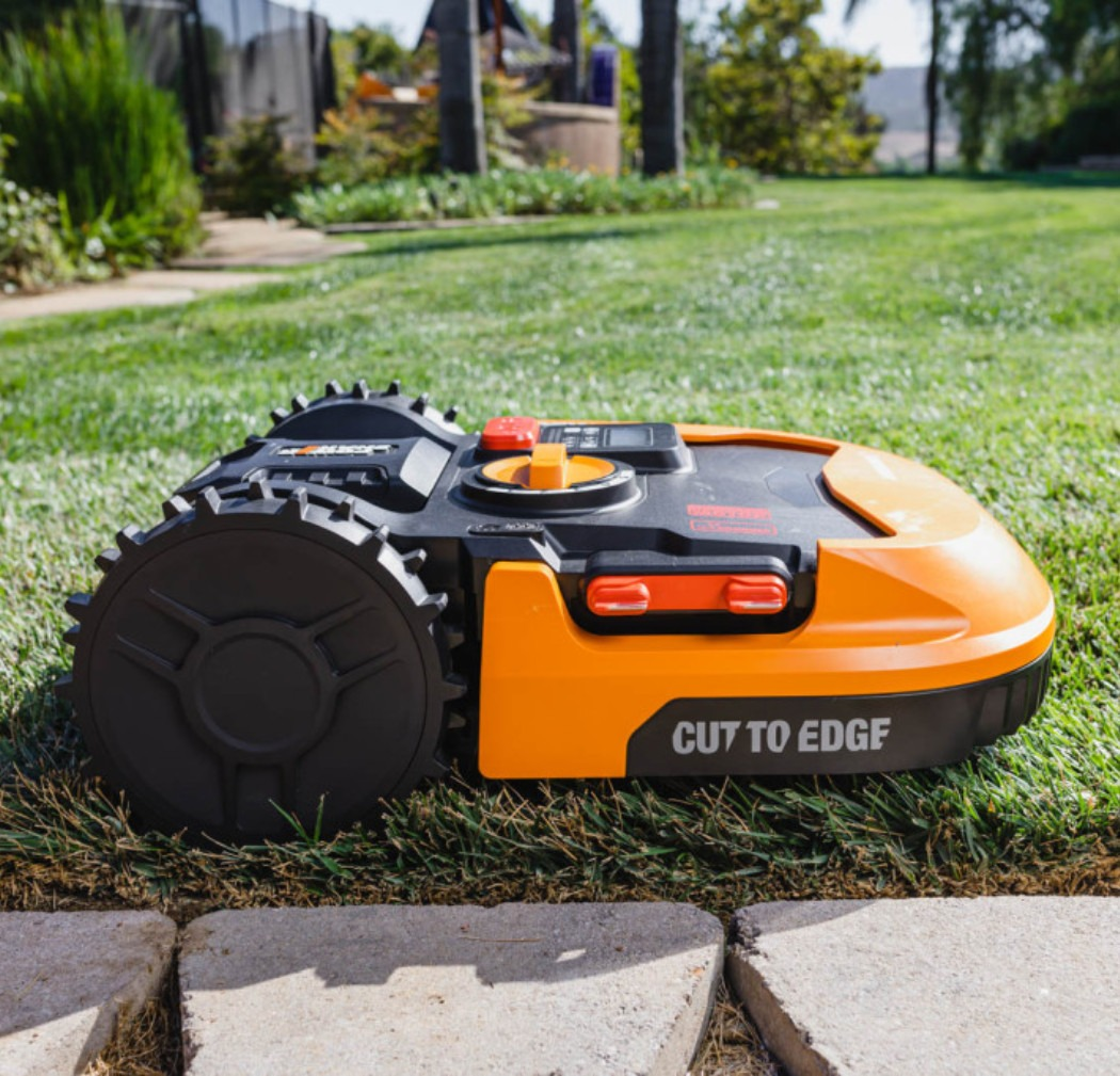 WR153 Worx Lawn Mower Robot WR150 - A Cordless Personal Grass Cutting Droid